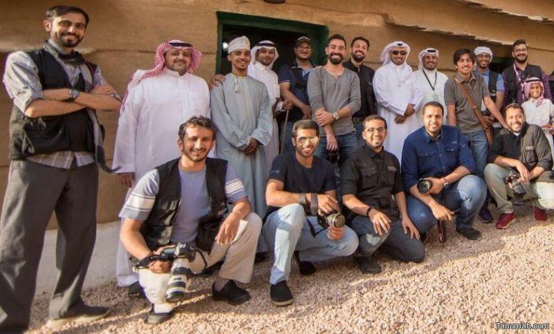 23 مصورا وسعوديا يوثقون 24 معلم بعاصمة السياحة العربية