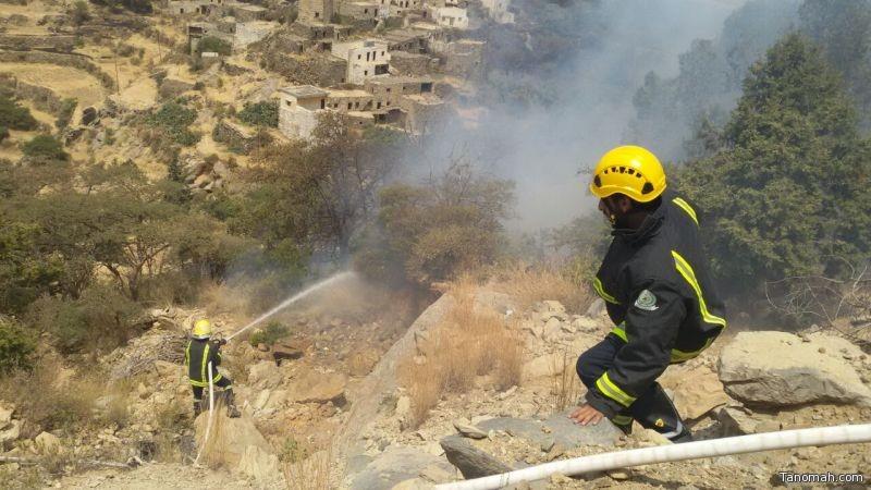 مدني #النماص يُخمد حريقاً شب في قطع زراعية بإحدى القرى