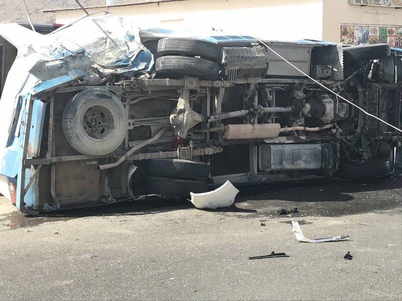 إصابة (8) طالبات في حادث انقلاب حافلة في #بيشة