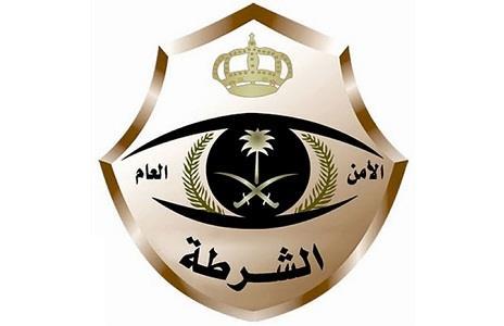 سرقة سيارة بالقوة في #خميس_مشيط والشرطة تلقي القبض على الجاني