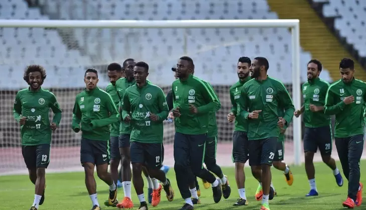 الأخضر يبدأ حصصه التدريبية في معسكر لشبونة