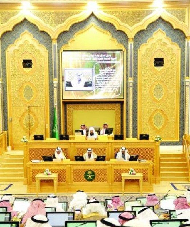 الشورى يطالب هيئة السوق المالية بتعزيز قواعد تحسين الإفصاح وحماية المستثمرين