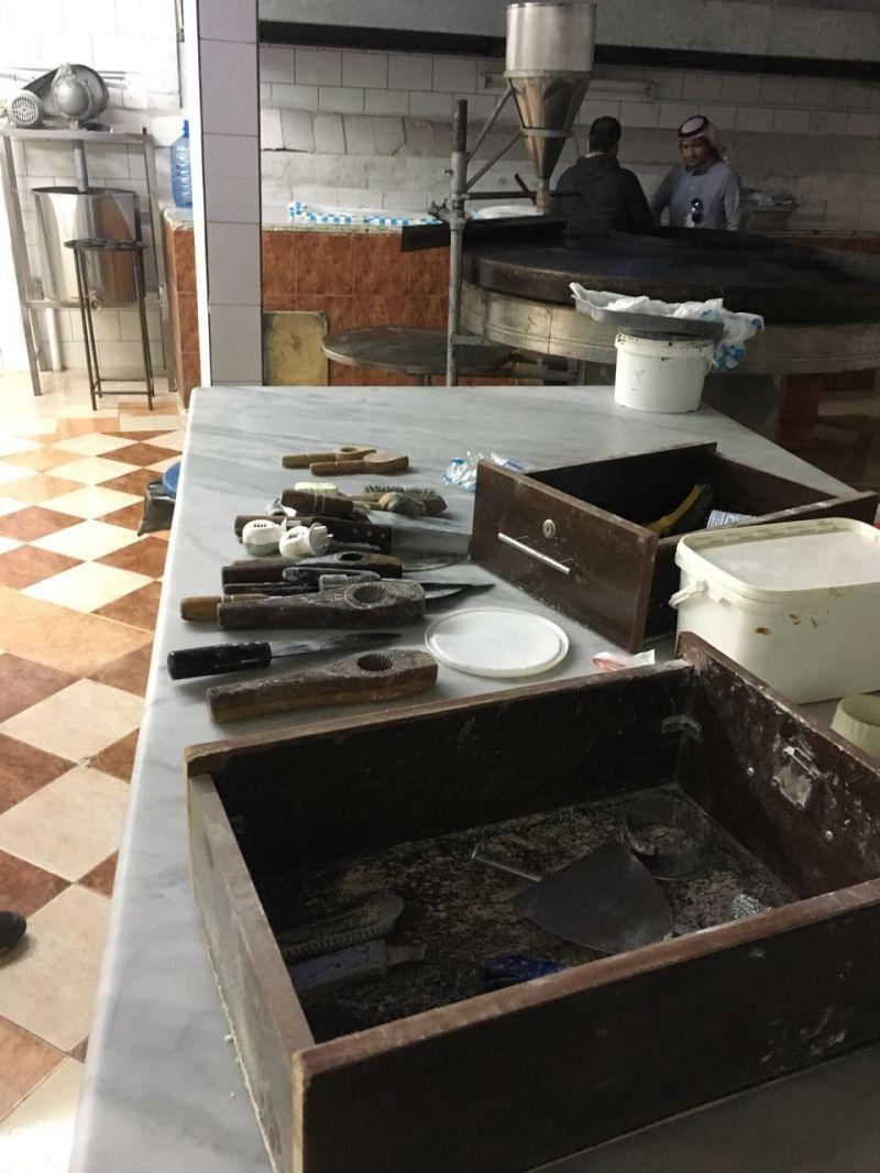 أمانة عسير: تغلق مصنع حلويات شهير بأبها