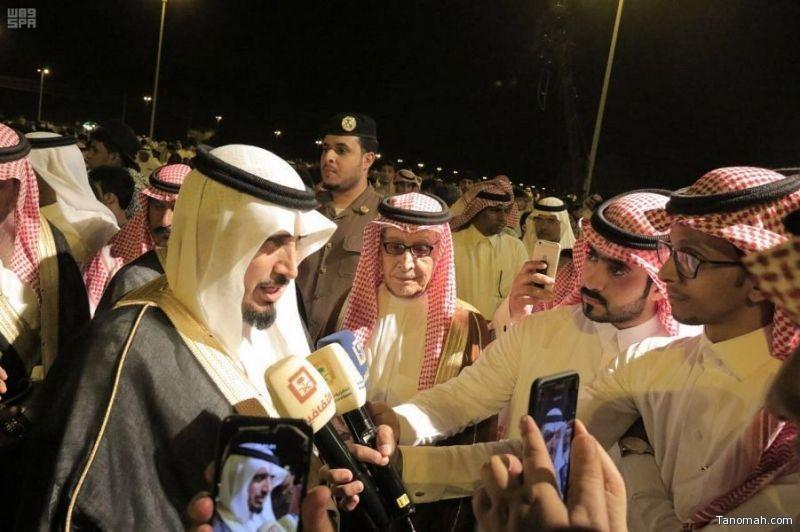 محافظ بارق يفتتح مهرجان الوفاء للأمير منصور بن مقرن يرحمه الله