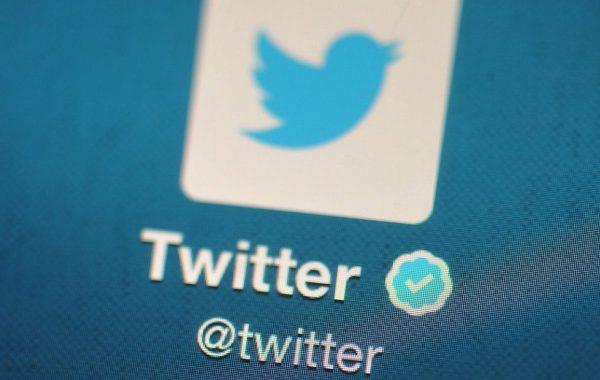 """""""تويتر"""" تتيح توثيق الحسابات لجميع المستخدمين"""