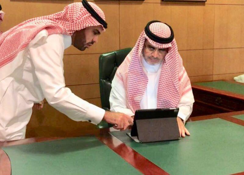 معالي وزير التعليم يدشن البوابة الإلكترونية لملتقى تواصل الثالث
