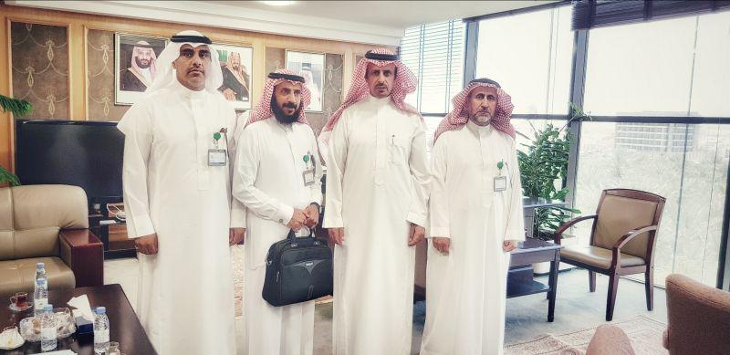 بلدي #تنومة يلتقي وزير البلديات المكلف ووكيل الوزارة المساعد وأمين عام المجالس