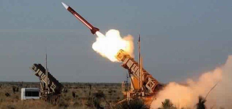 قوات الدفاع الجوي تعترض صاروخا باليستيا أطلقته ميليشيا الحوثي تجاه جازان