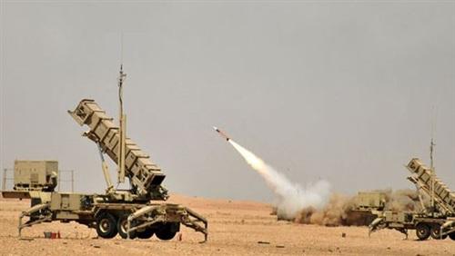 قوات الدفاع الجوي الملكي السعودي تعترض صاروخاً بالستياً أطلقته الميليشيا الحوثية الإرهابية التابعة لإيران باتجاه المملكة