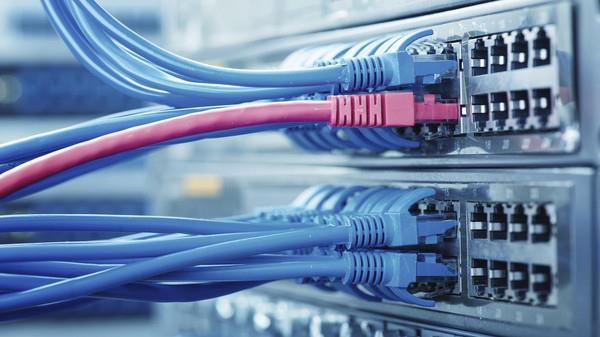 هيئة الاتصالات تنشر إحصائيات سرعة الإنترنت في المملكة ومقارنة بين شركات الاتصالات