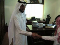 طلاب متوسطة الملك فيصل في زيارة لمكتب التربية والتعليم بتنومة