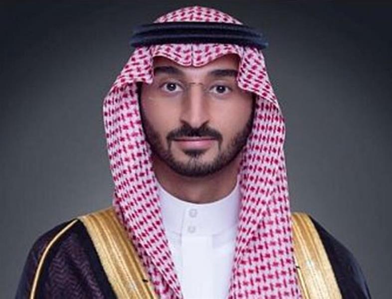 """نائب أمير مكة يوجه بالتحقيق في مقطع """"الحاجز الخرساني"""" ورفع النتائج له بشكل عاجل"""
