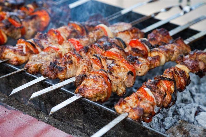 الهيئة العامة للغذاء والدواء تقدم 6 نصائح لشواء آمن وصحي