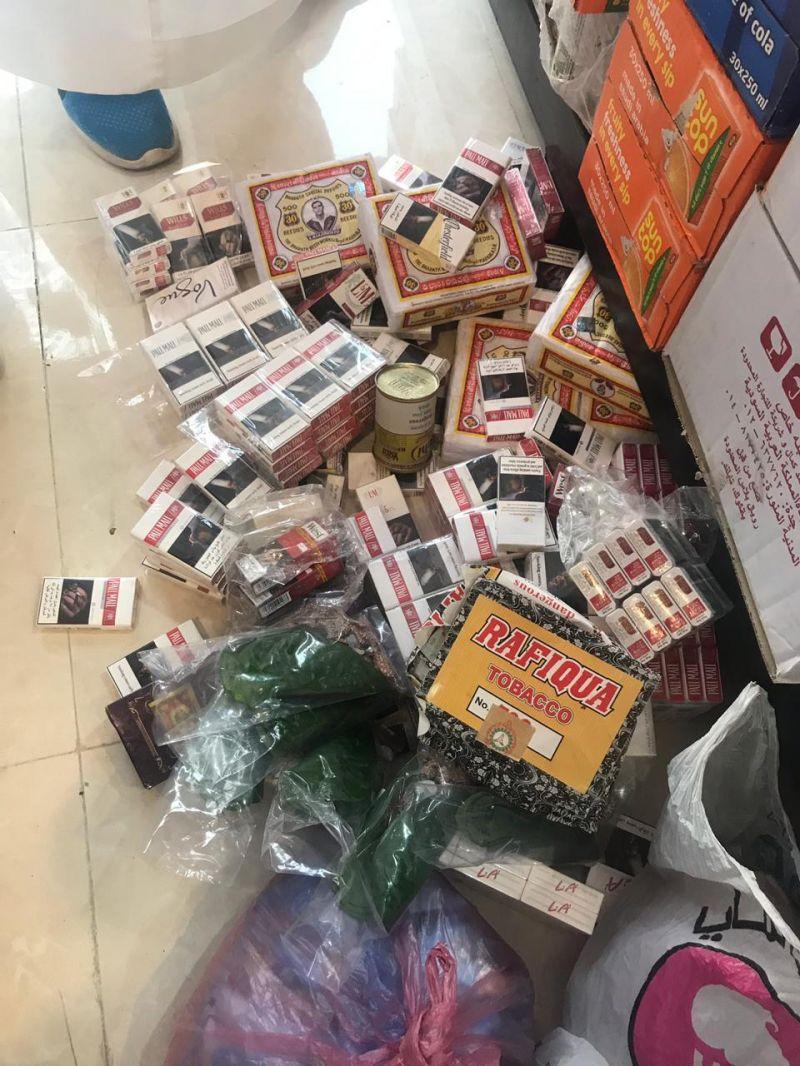 جولات مكافحة التبغ بعسير تغرم عدة محال تجارية مخالفة بقيمة ٧٠ ألف ريال