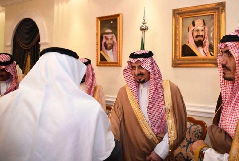 أمير عسير يلتقي أصحاب المعالي والفضيلة والقضاة ومديري الإدارات الحكومية بالمنطقة
