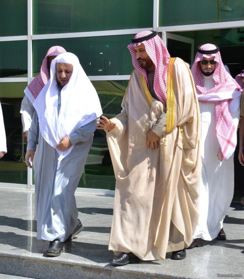لقاء علمي مع الأمير فيصل بن محمد في كلية الشريعة بجامعة الملك خالد