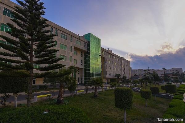 جامعة الملك خالد تعلن مواعيد اختبار القبول للانتظام التكميلي والتسجيل لدورات خدمة المجتمع