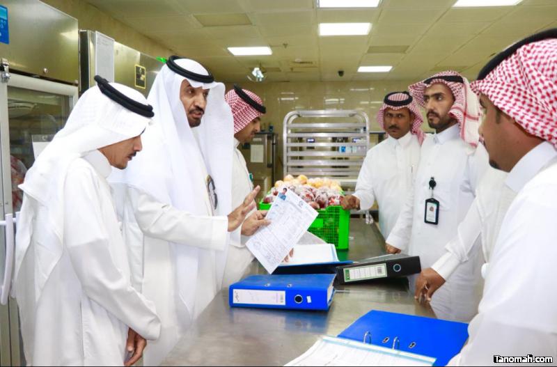مدير الشؤون الصحية ببيشة يقف على سير العمل في مستشفى الملك عبدالله