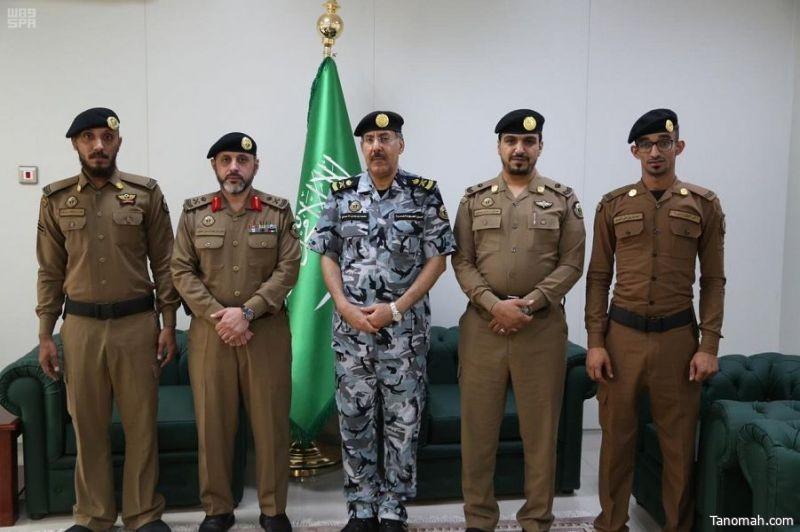 اللواء الأحمدي يكرم عددًا من منسوبي أمن المسجد الحرام