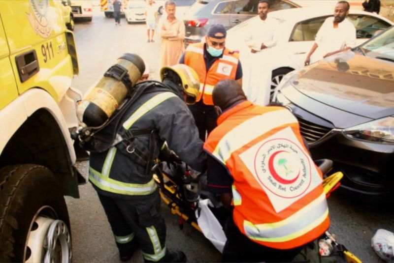 اصابة (11) شخص بينهم اطفال في حريق بمكة