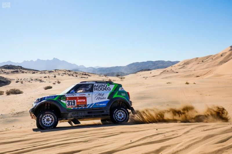 الليتواني فايدوتاس زالا يحقق فوزًا مفاجئًا في المرحلة الأولى من رالي داكار السعودية 2020