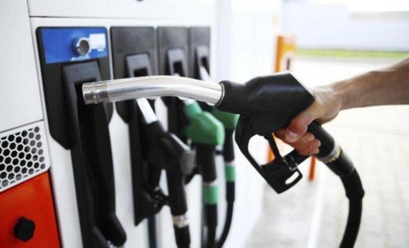 """""""أرامكو"""" تعلن الأسعار الشهرية للوقود: بنزين 91 بـ1.55.. بنزين 95 بـ2.05"""