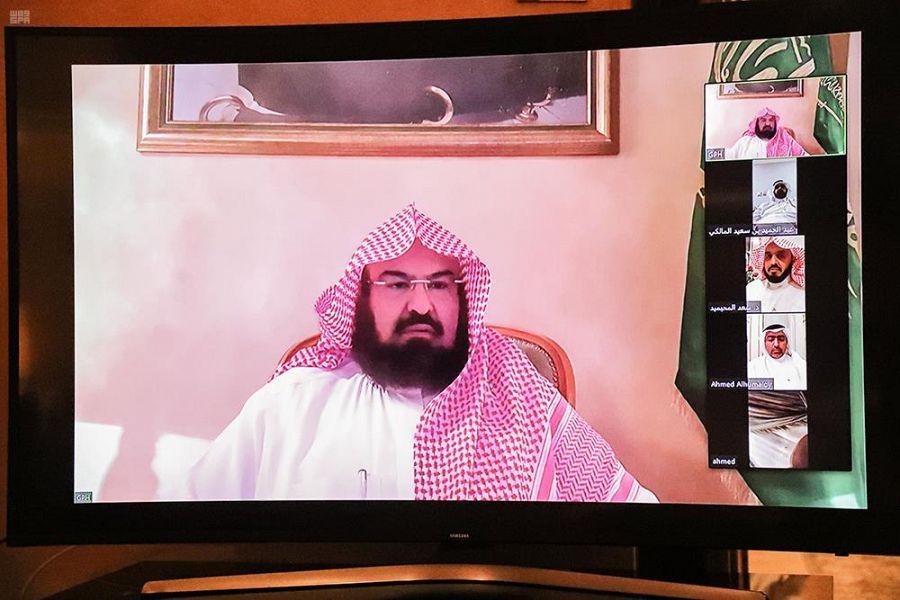 الرئيس العام لشؤون الحرمين يتابع سير الأعمال بالمسجد الحرام