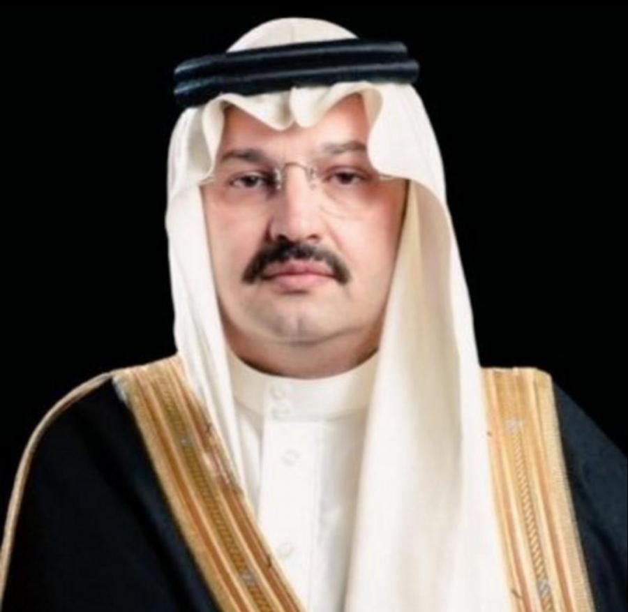 الأمير تركي بن طلال يزور غرفة عمليات أمانة عسير ويستقبل بلاغات المواطنين على 940