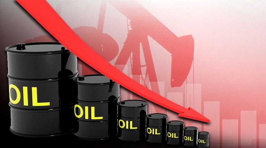أسعار النفط تغلق متباينة إثر مخاوف من انخفاض الطلب