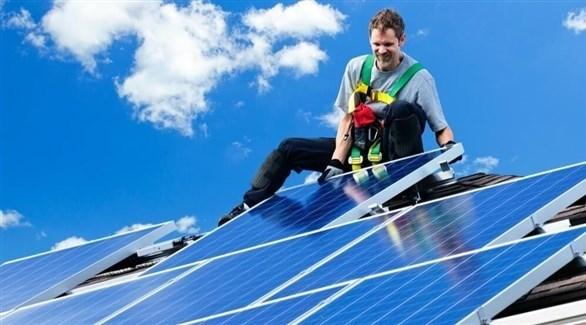 خلايا شمسية جديدة تولد كمية كبيرة من الطاقة الكهربائية