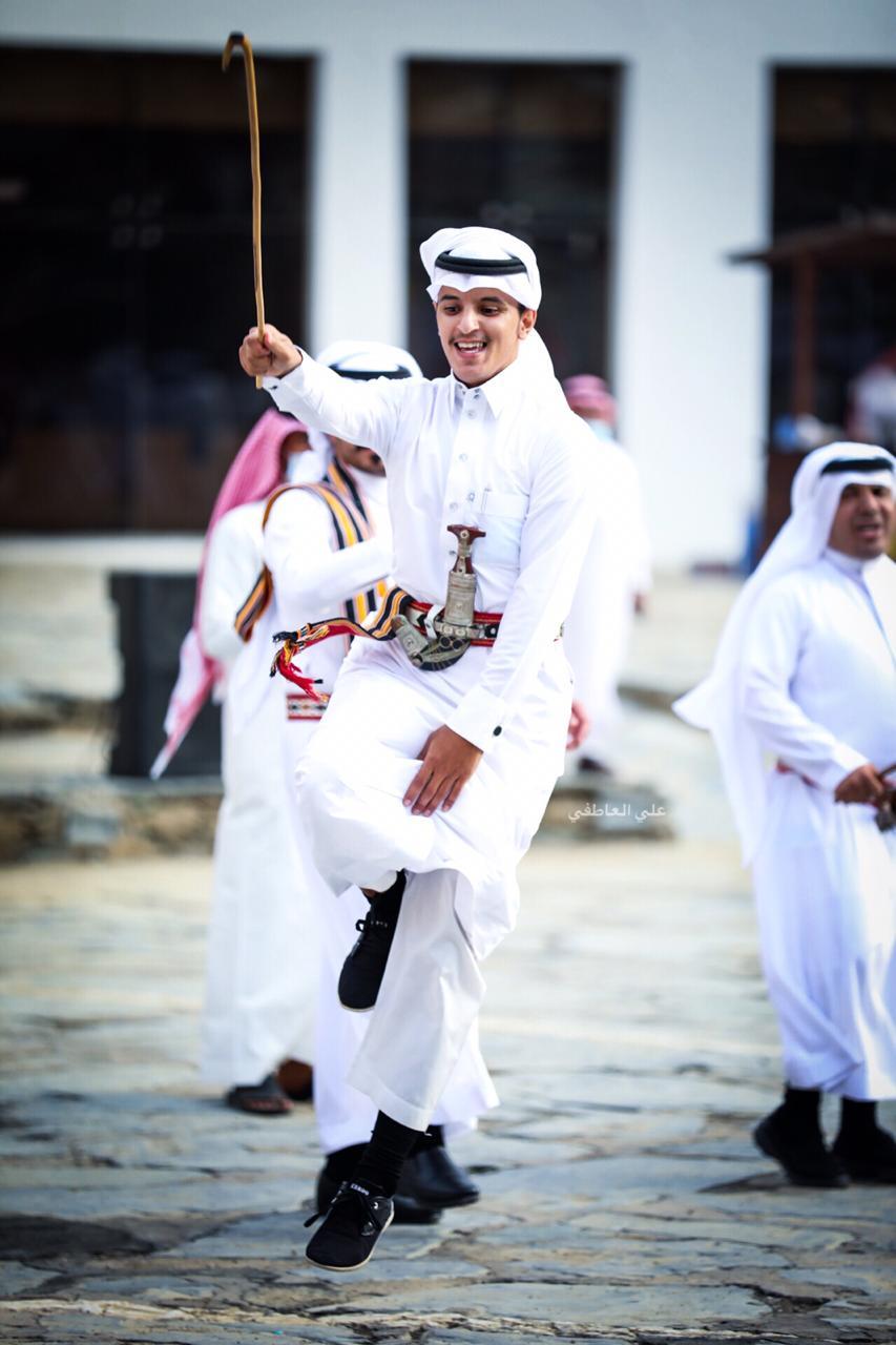 #صور استعراض فلكلوري لفرقة رجال ألمع ... عدسة/علي العاطفي