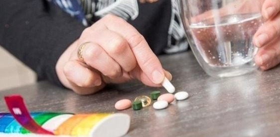 بعض النصائح لحماية كبار السن من خطر التفاعلات الدوائية