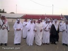 الهزاني يشارك الفرقة الشعبية بتنومة بروفاتها مساء اليوم