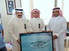 المصور الفوتوغرافي عبدالرحمن الشهر ي يحصد جائزة التميز للفنون البصرية