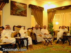لجنة الأهالي تعقد اجتماعها في تنومة