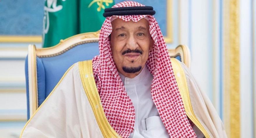 """#الملك_سلمان يغرد حول اجتماع مجموعة العشرين وانه """"استثنائي"""" لتوحيد الجهود لمواجهة وباء #كورونا"""