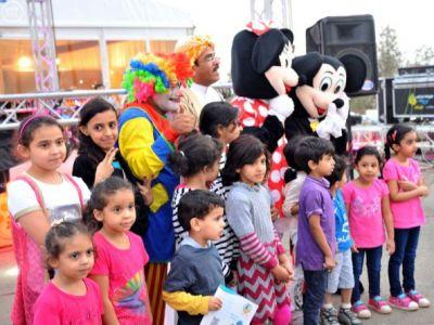 فعاليات مسرح الطفل بمهرجان العسل بالباحة تجذب الزوار