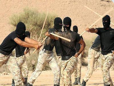 قوات الأمن الخاصة تواصل تدريباتها على القتال في المناطق الجبلية