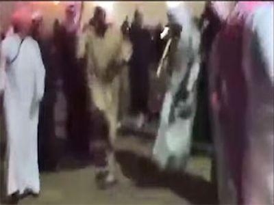 """#شاهد مقيم #باكستاني يبدع في """"زياف"""" #العرضة"""