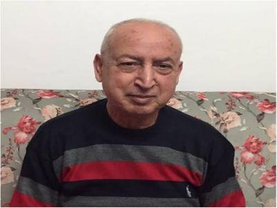 المعلم حميد تهتموني يصافح أبناءه الطلاب في لقاء لم تنقصه الصراحة!!