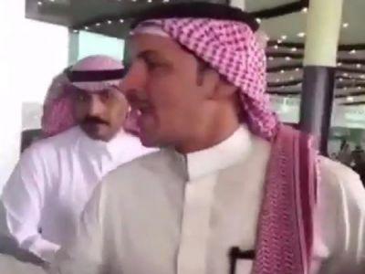 إعلامي ينفعل على مشجع اتحادي في مطار الرياض ويتوعده.. ثم يوضح السبب