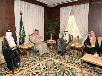 الأمير منصور بن مقرن يستقبل رئيس الهيئة العامة للأرصاد وحماية البيئة