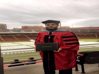مبتعث من جامعة الملك خالد بأمريكا يحوز على الدكتوراه بعد حصوله على أعلى معدل أكاديمي