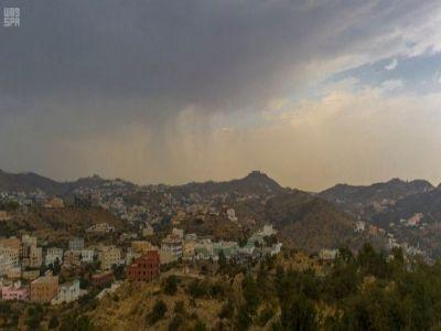 #أمطار متوسطة الى خفيفة على منطقة #الباحة