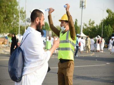 الفريق العمرو يعلن نجاح خطة الدفاع المدني خلال تصعيد الحجاج إلى عرفات