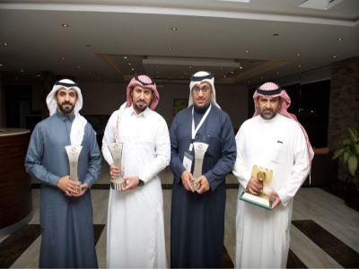 آل شجاع نعتز ونفتخر بفوز ٤ من أعضاء نادي عسير الفوتوغرافي في مسابقة ألوان السعودية 2017 م