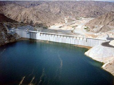 تفريغ أكثر من ٦٣ مليون متر مكعب من مياه السدود في بيشة
