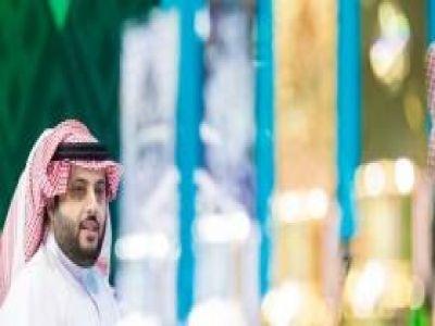 آل الشيخ يتكفل بحل جميع قضايا نادي الشباب