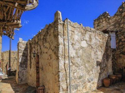 مسجد صدريد يدخل ضمن شراكة تأهيل المساجد القديمة في عسير
