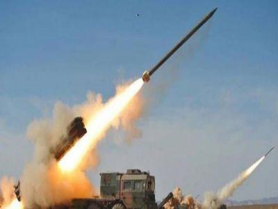قوات الدفاع الجوي الملكي السعودي تعترض صاروخا باليستيا اطلقته الميليشيا الحوثية باتجاه المملكة